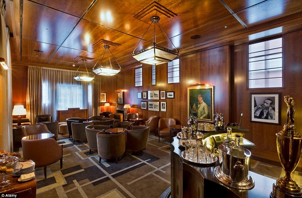 Beaumont Hotel London Bar